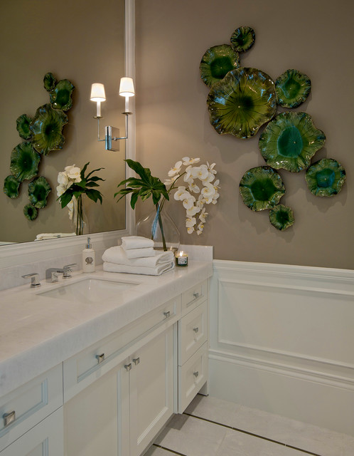 Crystal Decanter Set Bathroom Transitional with Block Construction Breathable Wall