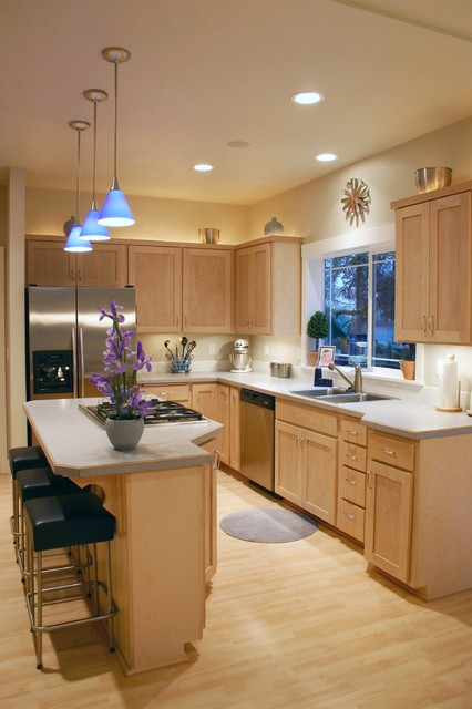 Dacor Cooktop Kitchen Traditional with Accent Lighting Alder Backlighting
