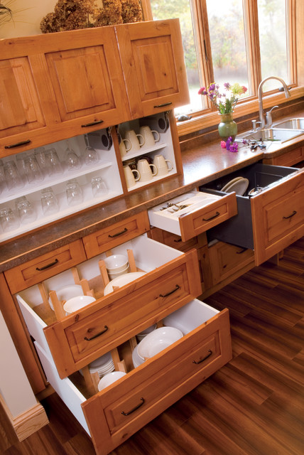 Dovetail Drawers Kitchen Traditional with Beige Wall Dinnerware Storage
