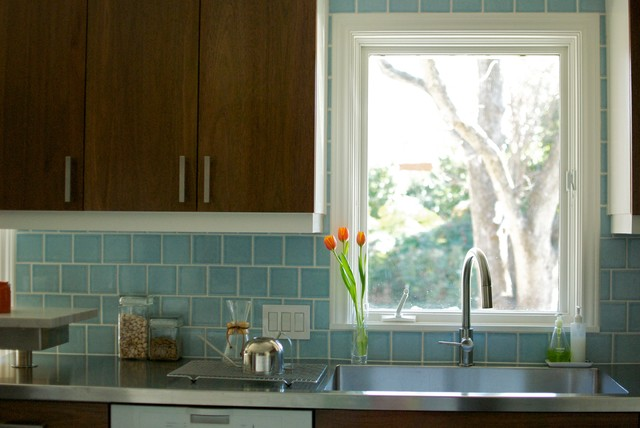 Grohe Faucet Kitchen Contemporary with Blue Backsplash Fireclay Grohe