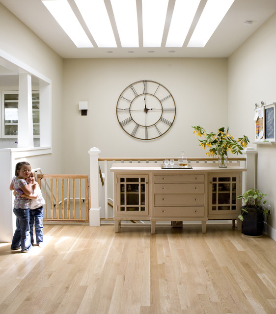 Howard Miller Clocks Staircase Traditional with Antique Buffet Childproof Clock3