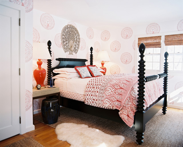 john robshaw Bedroom Shabby-chic with area rug bed pillows