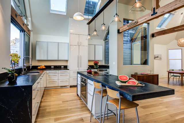 Interesting Kraftmaid Outlet Kitchen With Beams Black And White With Kraftmaid  Outlet
