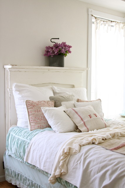 Linen Bedskirt Bedroom Shabby Chic with Bedskirt Decorative Pillows Dust