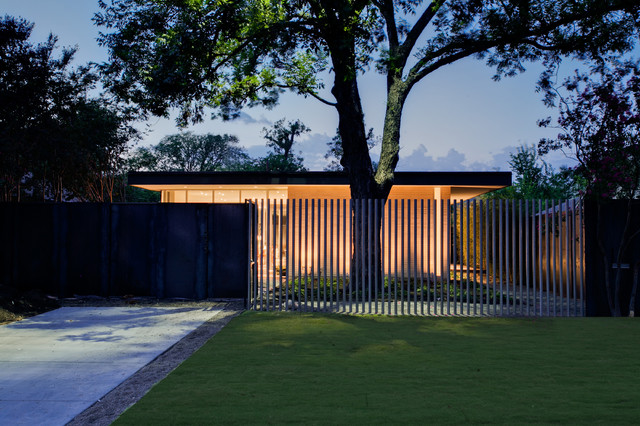 Lowes Fence Installation Exterior Modern with Courtyard Driveway Garden Lighting