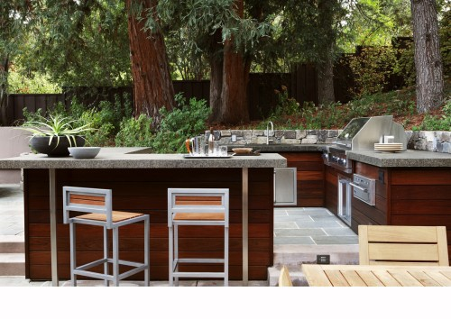 Lynx Bbq Patio Contemporary with Bar Bluestone Paving Container