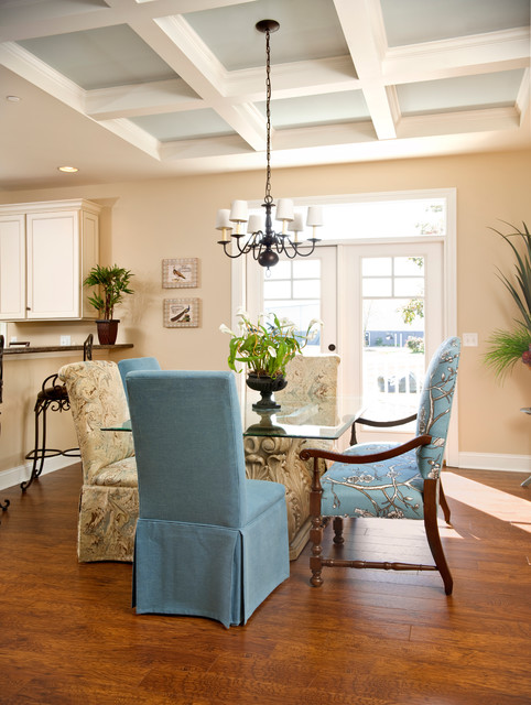 Mannington Laminate Dining Room Craftsman with 9 Ft Ceiling Beracah