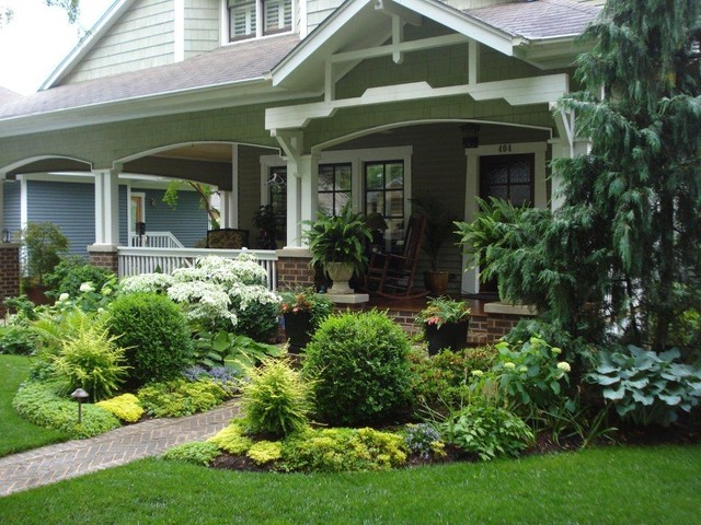 Monarch Specialties Landscape Traditional with Brick Path Brick Paving