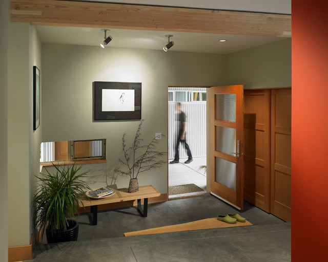 omnia hardware Entry Contemporary with ceiling lighting concrete floor
