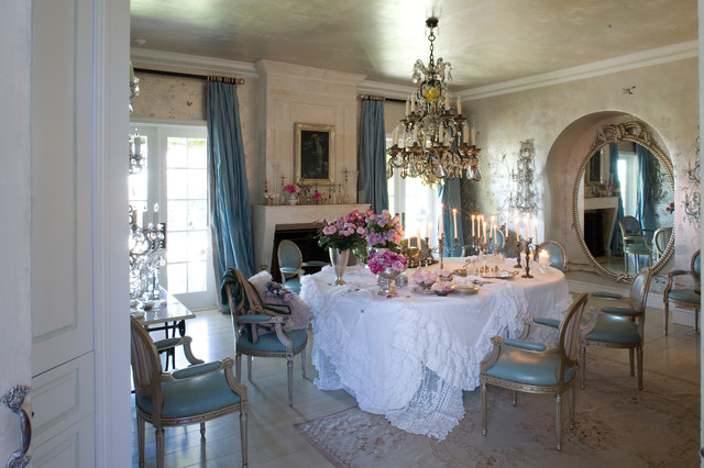 oval tablecloths Dining Room Shabby-chic with aubasson rug chandelier dining