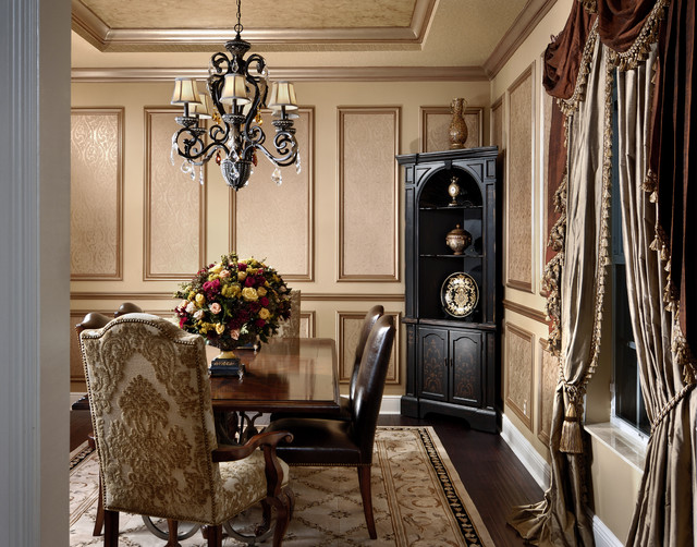 Picture Frame Moulding Dining Room Traditional With Accent Ceiling Area Rug
