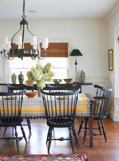 Round Tablecloth Dining Room Traditional with Black Dining Chairs Black