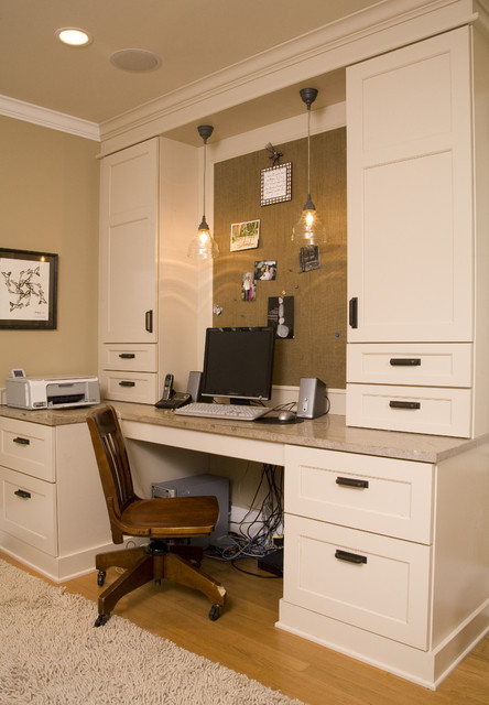 Sauder Computer Desk Home Office Traditional with Area Rug Built In