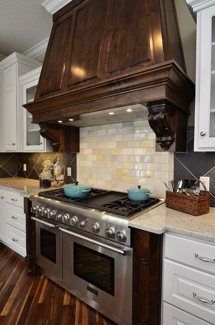 Scandia Down Kitchen Traditional with Apron Front Sink Arched