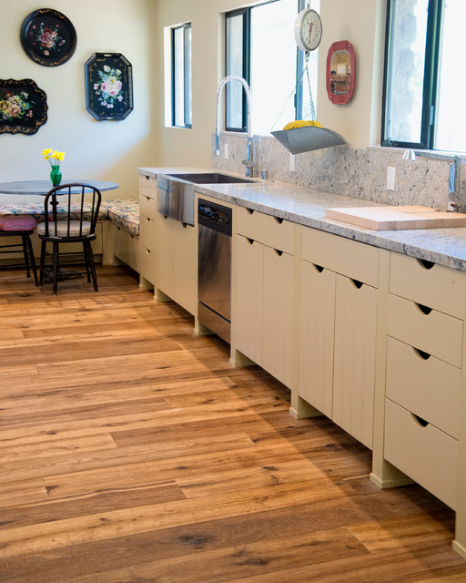 Serpentine Table Kitchen Rustic with 1 and 2 Common