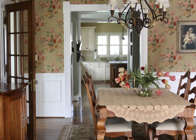 Square Tablecloths Dining Room Traditional with Cottage Floral Arrangement Floral