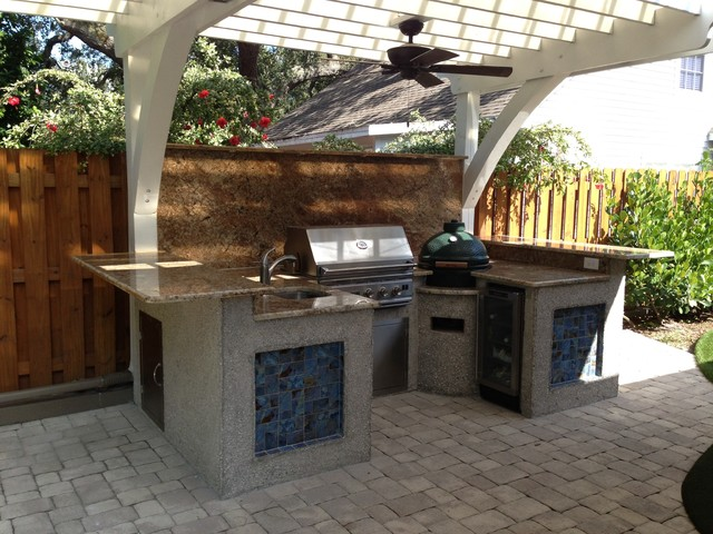 Summerset Grills Exterior Beach with 15 Compact Fridge Accent
