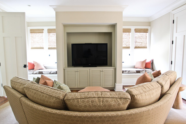 Sunbrella Fabrics Family Room Beach with Curved Sectional Decorative Pillows