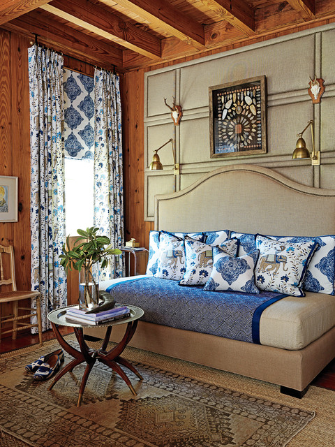 Twin Daybed Bedroom Traditional with Antlers Area Rug Blue