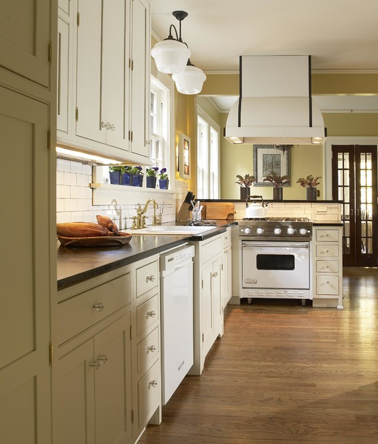 Viking Ranges Kitchen Traditional with Beige Cabinets Beige Drawers