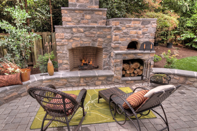 wood burning pizza oven Patio Traditional with chaise lounge decorative pillows