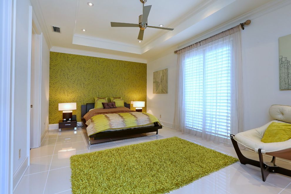 Green Shag Rug With Contemporary Bedroom And Recessed