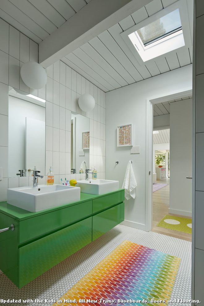 Rugged Ridge Floor Mats with Midcentury Bathroom and Bright Colors ...